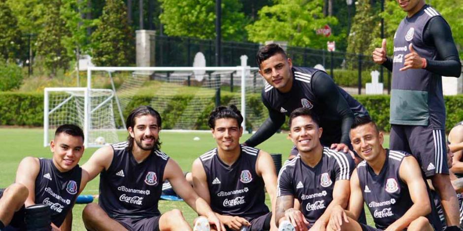 Tata Martino confía en los futbolistas que convocó a la Selección Mexicana