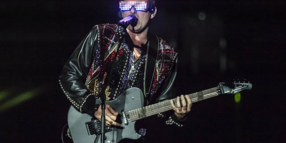 Embarca Muse a los mexicanos en un futurista y cósmico viaje musical