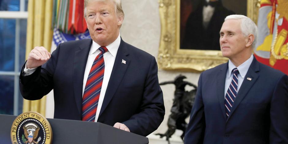 Megapaquete de ley empuja muro de Trump en el Senado