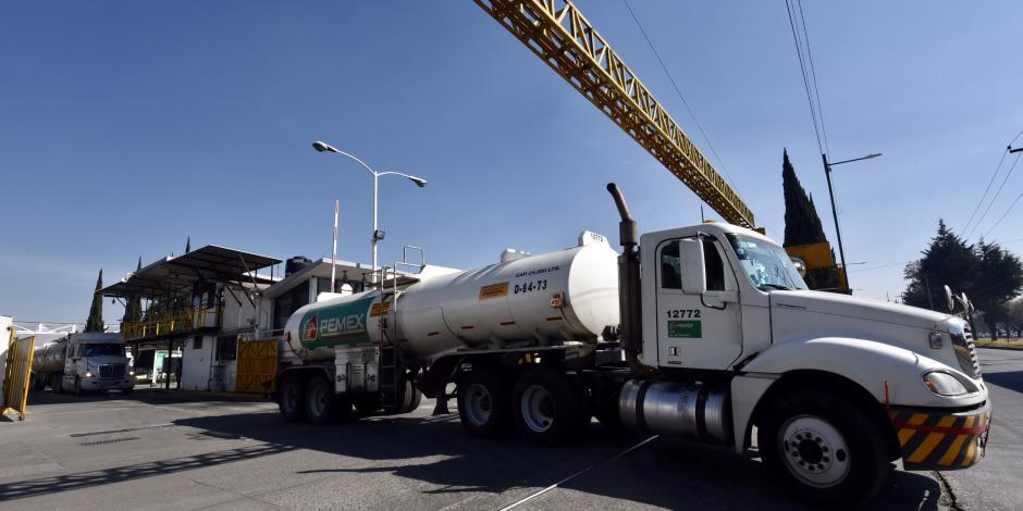 Continúa abasto gradual de gasolina en la Ciudad de México