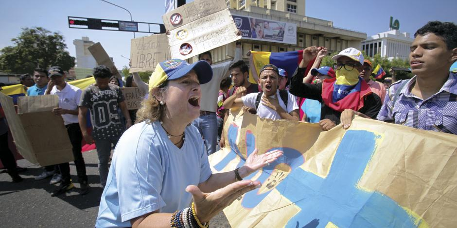 Oposición celebra movilización contra régimen en 5,000 puntos