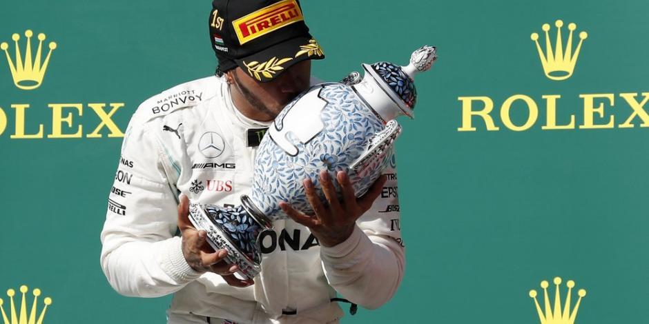 Lewis se pone a 10 triunfos de Schumacher