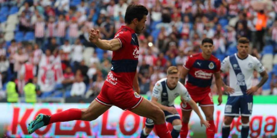 VIDEO: Gracias al VAR, Chivas rescata un empate