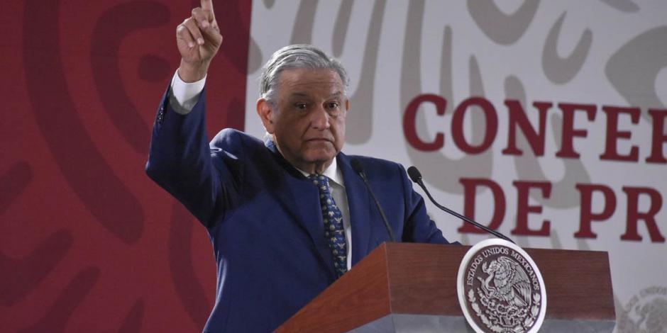 Por ley antifuero, critica Presidente a legisladores