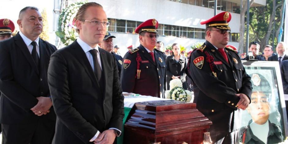 Encabeza alcalde de Benito Juárez homenaje a policía caído