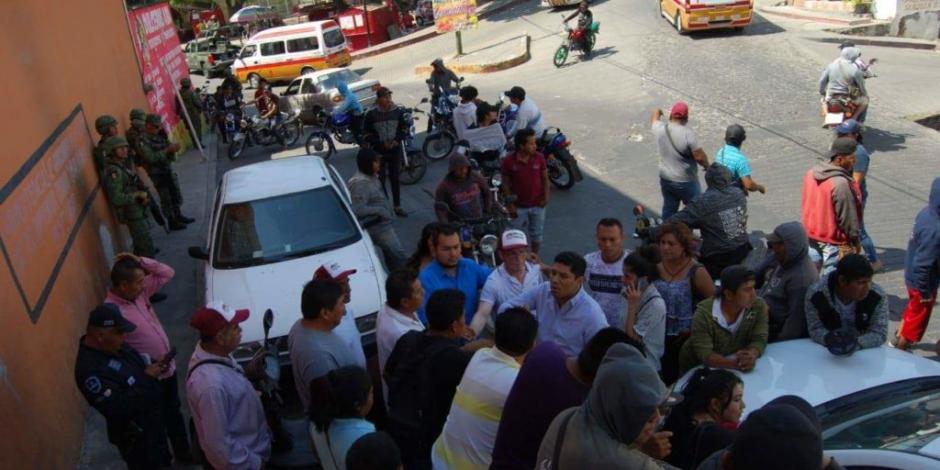 Intentan linchar a alcalde en Ixtla, Morelos, por falta de recursos