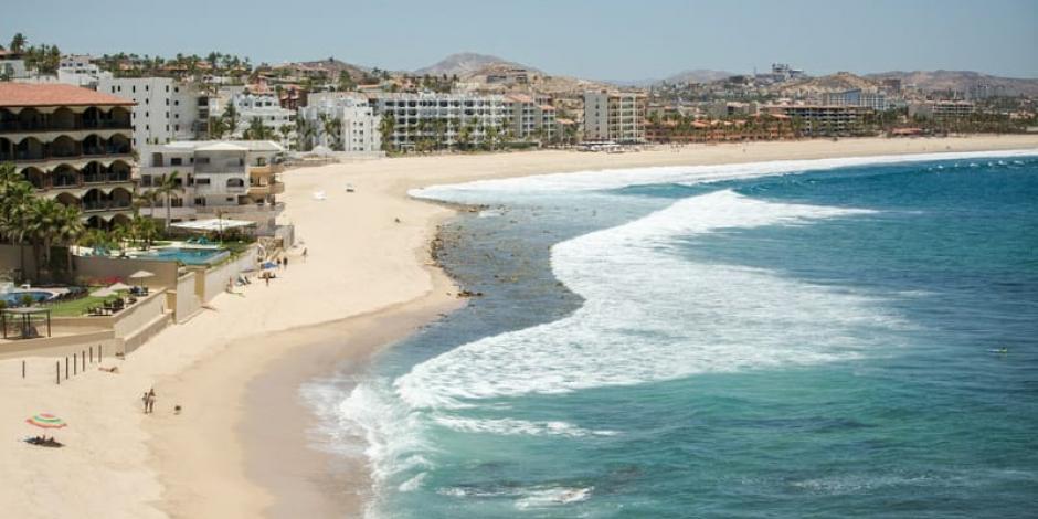 Anuncia Baja California Sur impuesto a turistas extranjeros