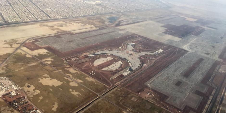 Sedena traslada material de construcción del NAIM a Santa Lucía