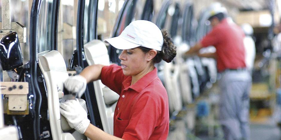 Bajan en Washington solicitudes para el subsidio por desempleo