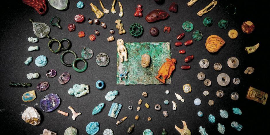 Hallan en Pompeya joyas y amuletos con historia