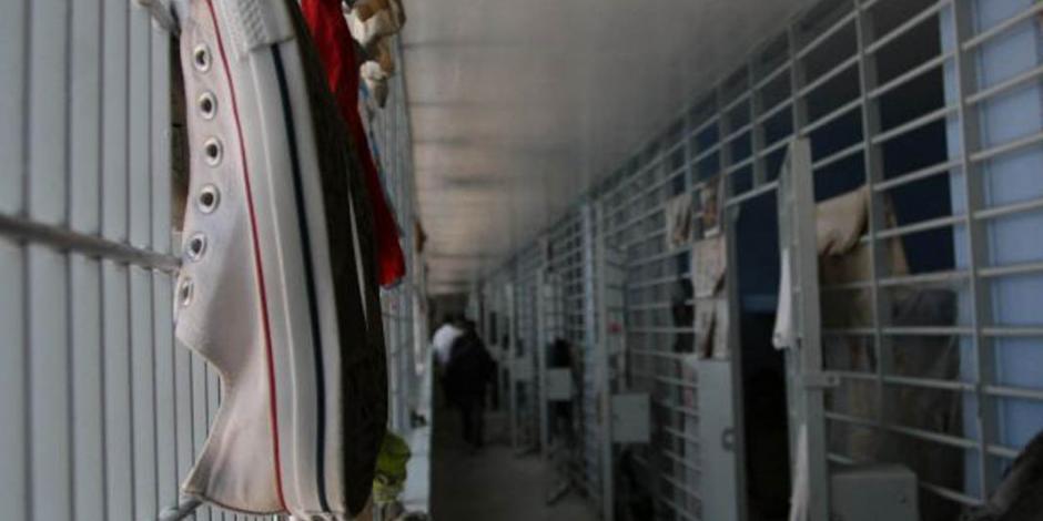 Falla eléctrica, posible causa de incendio en Reclusorio Oriente: Rosa Icela