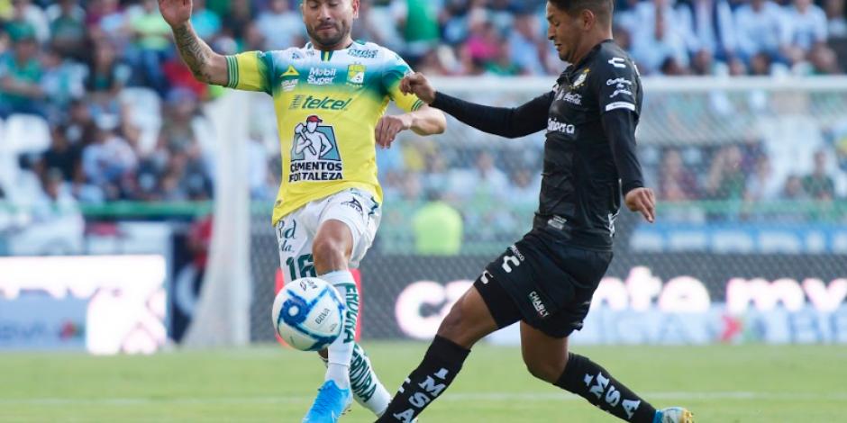 ¡Partidazo en el Nou Camp! León y Santos empatan 2-2