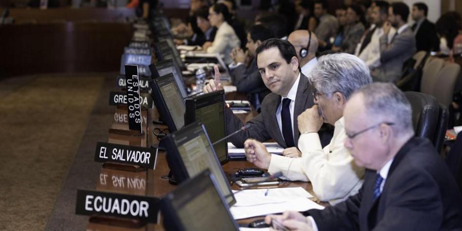 México solicita aclaración a la OEA sobre el estatus jurídico de Guaidó