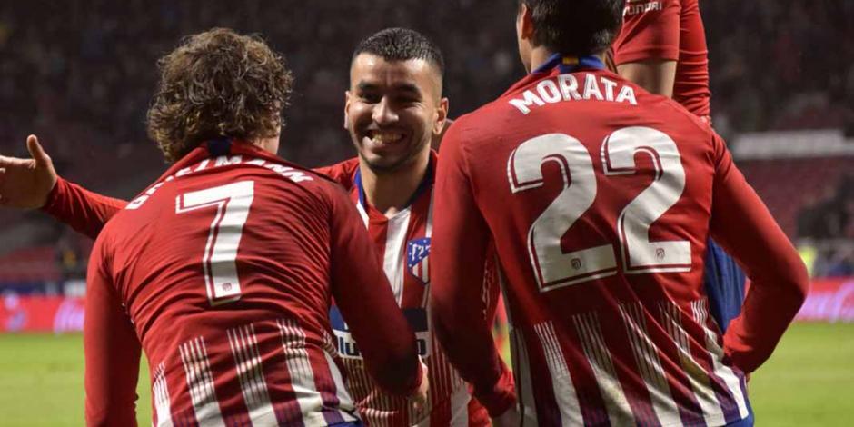 Atlético de Madrid posterga el título del Barcelona al vencer al Valencia 3-2