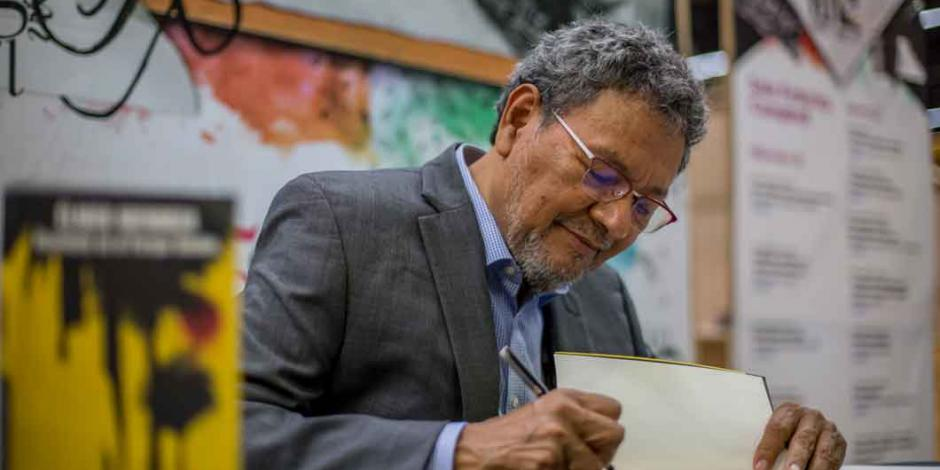 Élmer Mendoza presenta nuevas aventuras de Capi Garay