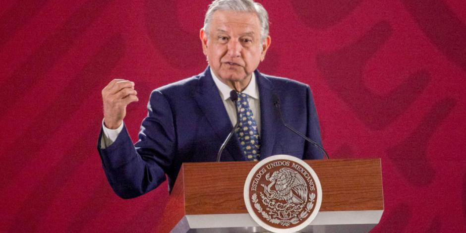 De ser inocentes, podrían reinstalar a exfuncionarios de Pemex: AMLO