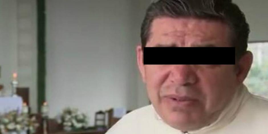 Dan prisión preventiva a sacerdote acusado del asesinato de Leonardo