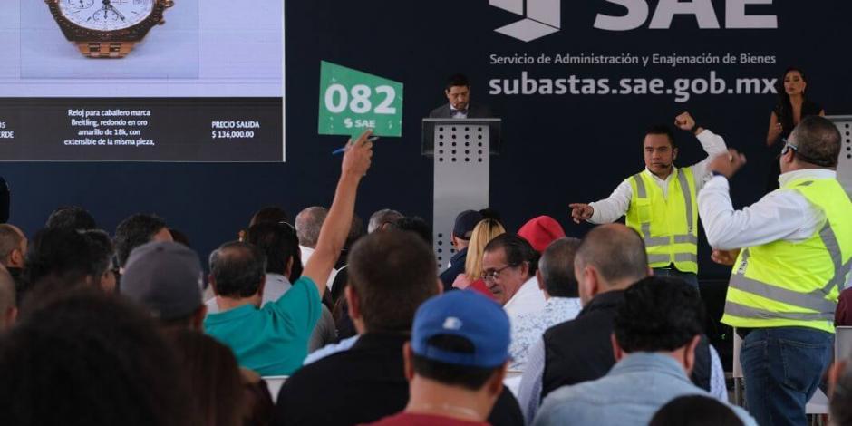 Anuncian quinta subasta en los Pinos: Autos, joyas e inmuebles con hasta 50% de descuento