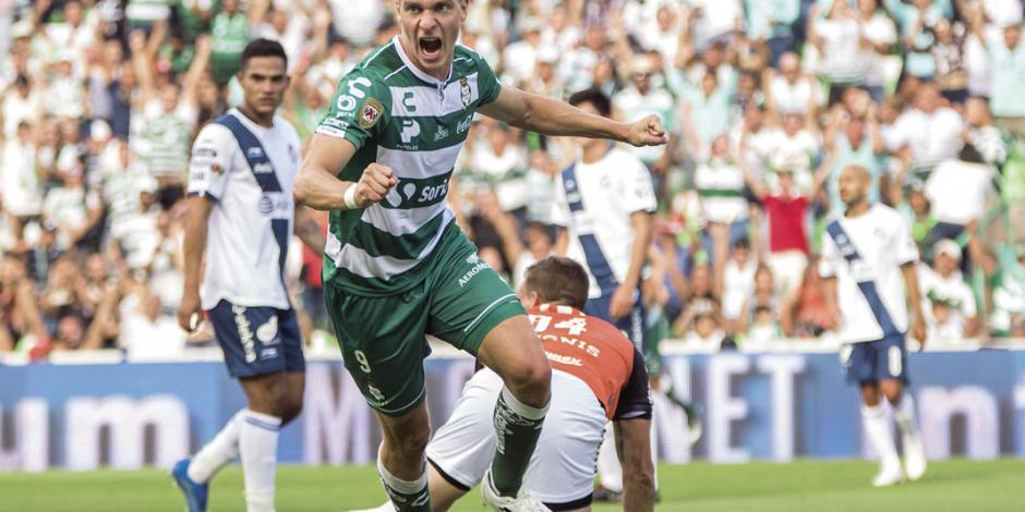 Julio Furch renovó con Santos hasta el 2022