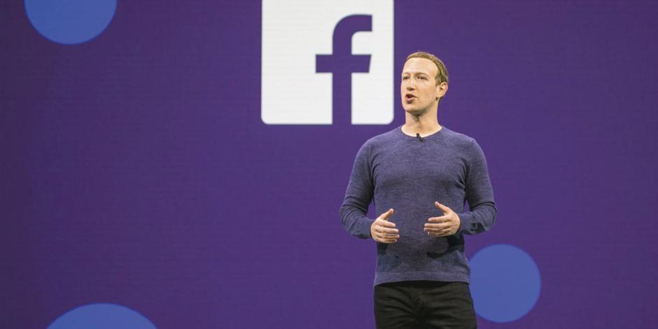 Invita a Zuckerberg a estrategia digital