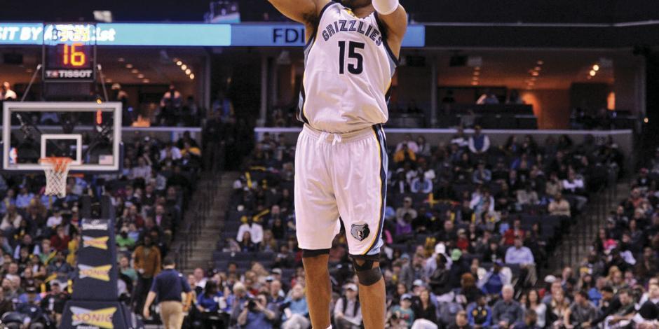 Carter, con 22 campañas, rompe récord en NBA