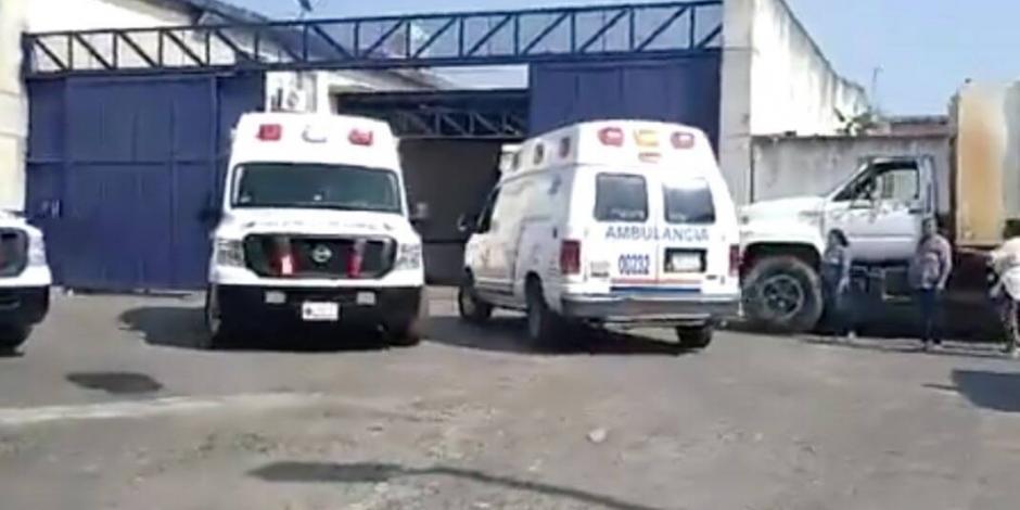 Reportan estables a lesionados por riña en Cereso de Atlacholoaya
