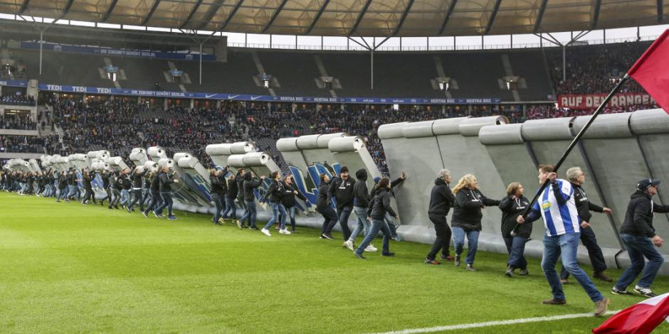 Conmemoran 30 años de la caída del Muro de Berlín en la Bundesliga