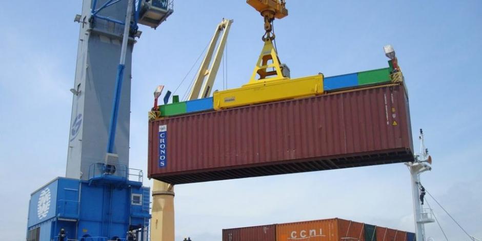 Balanza comercial registra déficit de 725.6 mdd en octubre