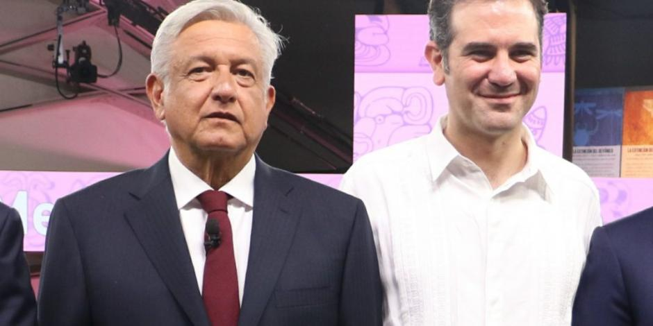 Así respondió AMLO a Lorenzo Córdova por citatorio que le hizo el INE