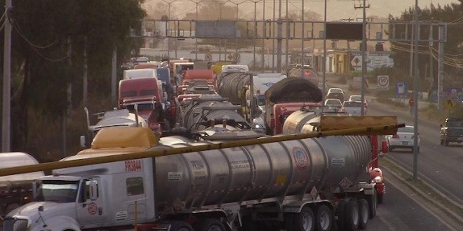 Canacar surte 50% de gasolina en 5 estados