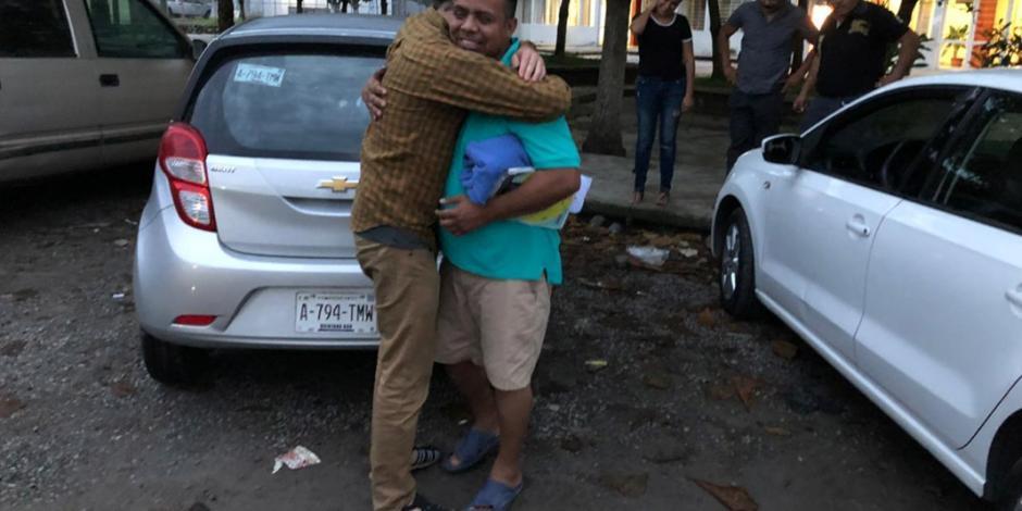 Liberan a Irineo Mujica y Cristóbal Sánchez acusados de tráfico de personas