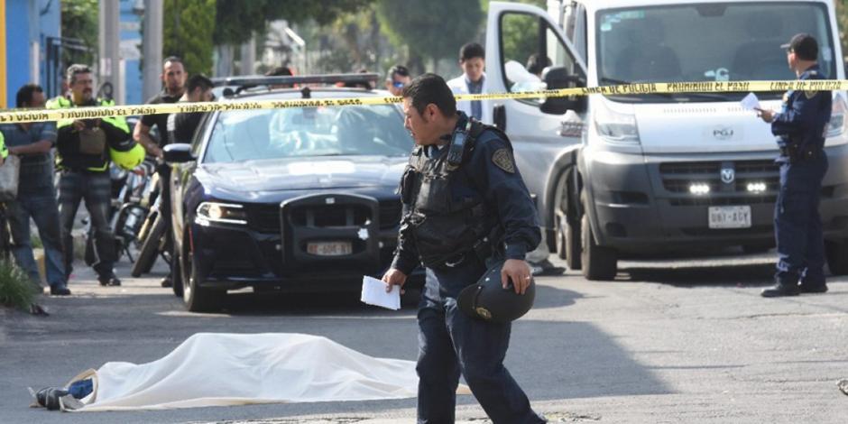 Violento inicio de año en Iztacalco: matan a dos y balean a familia