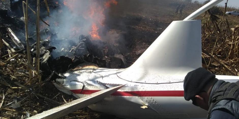Inician peritos pruebas de laboratorio de helicóptero caído en Puebla