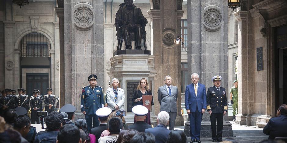 """Sánchez Cordero se suma a críticas: """"Ley Bonilla"""", inconstitucional"""