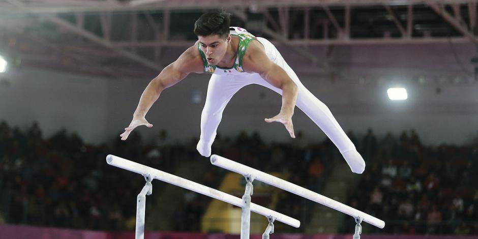 Núñez da oro histórico en gimnasia de barras