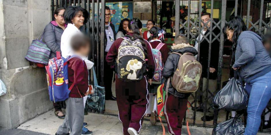 Inician clases 25.4 millones de alumnos