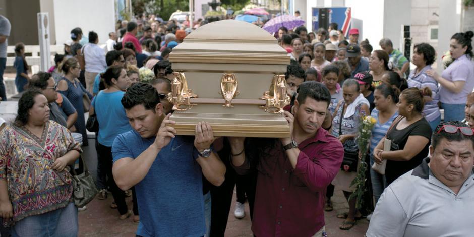 Sube a 30 la cifra de muertos por ataque a bar en Coatzacoalcos