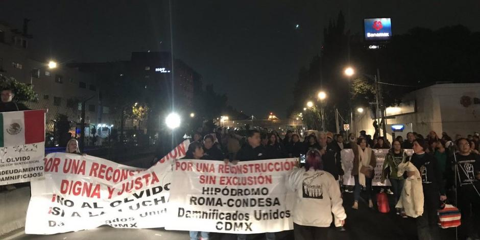 Damnificados del 19S bloquean Tlalpan; exigen diálogo con Sheinbaum