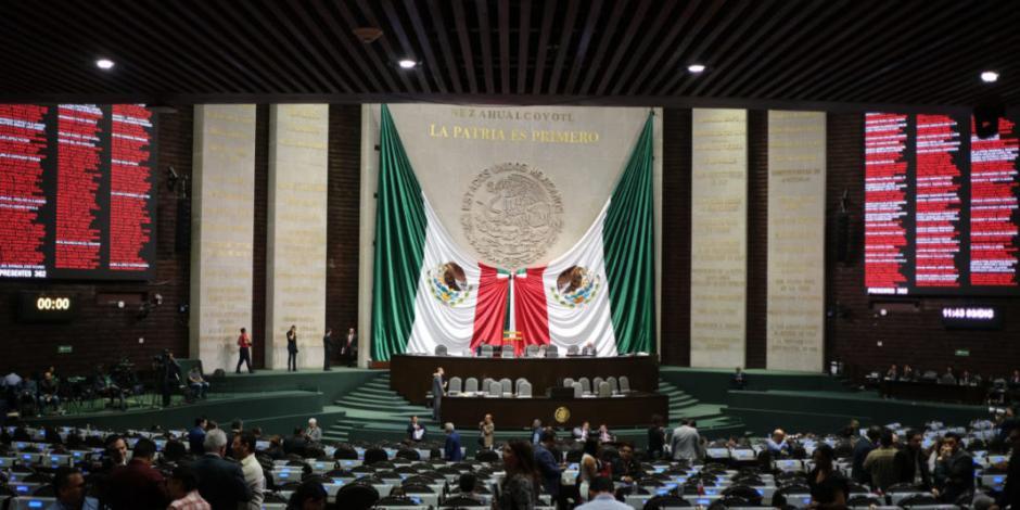 Atoran diputados y senadores propuesta para eliminar fuero presidencial