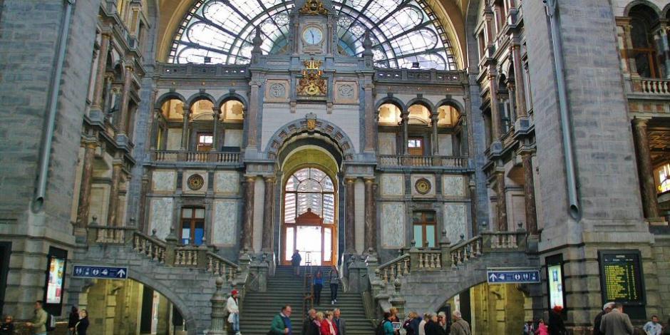 ¡De película! Roban banco en Bélgica al estilo Hollywood