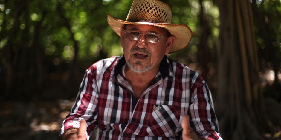 Hipólito Mora anuncia que vuelve a armarse para protegerse del crimen