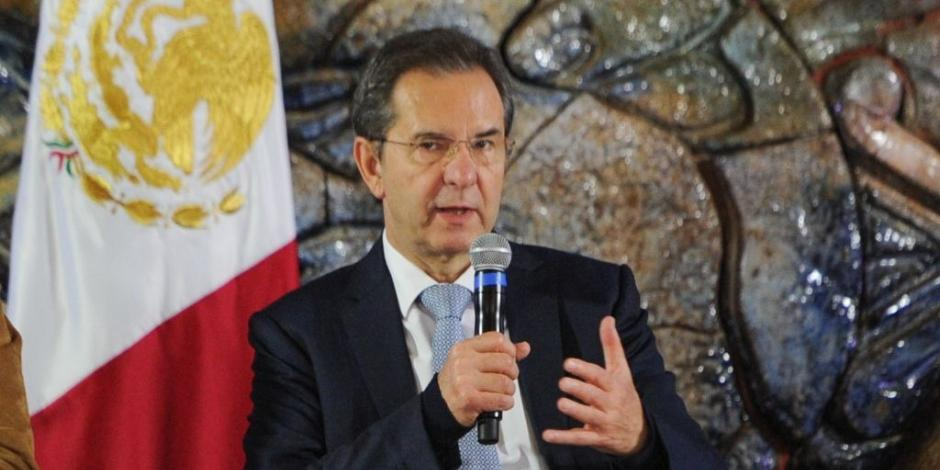 Senado avala citar a comparecer a Esteban Moctezuma, titular de la SEP