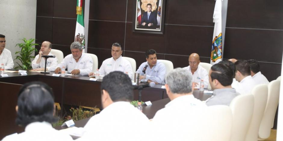 Definen estrategia para mejorar distribución de agua en municipios de Tamaulipas