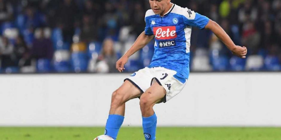 Hirving Lozano hace su primer gol en Champions con el Napoli (VIDEO)