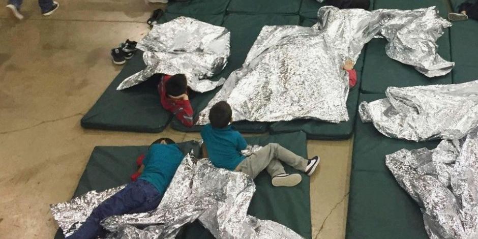 Provoca indignación en EU hacinamiento de niños migrantes en Texas