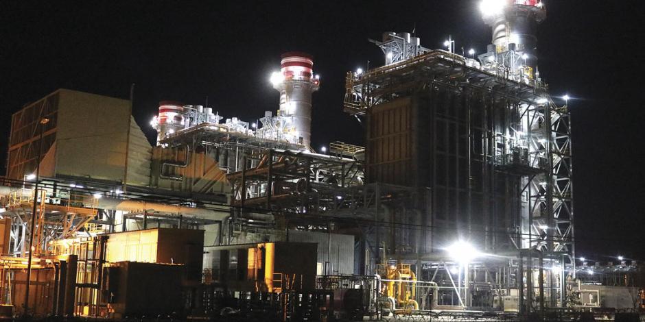AMLO analiza construir nueva planta de energía en Querétaro
