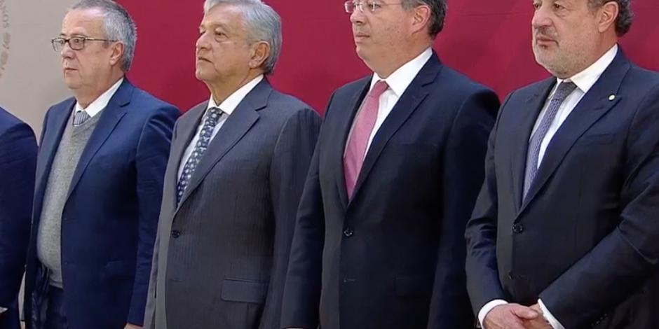No vamos a seguir endeudando al país, asegura López Obrador