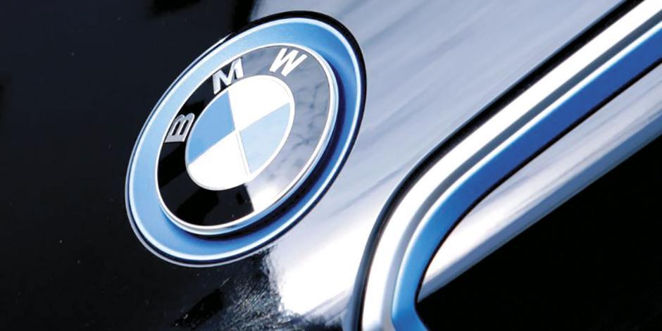 BMW abre planta en SLP y refrenda financiamiento