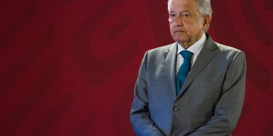AMLO niega afectación a Afores por cancelar NAIM