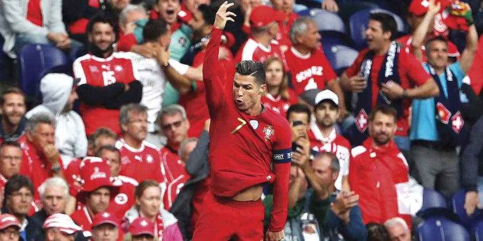 Hat-trick de CR7 mete a Portugal a la final